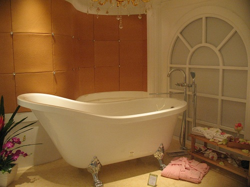 Antique Style Clawfoot Bathtub - GFK1700-1 | Perfect Bath Canada