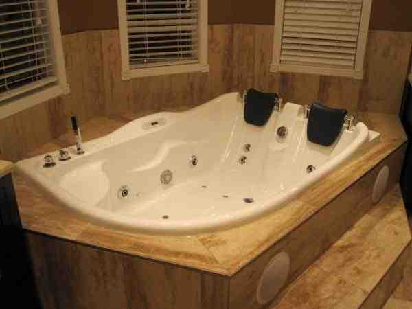 Whirlpool bathtub for two people am124 perfect bath canada for Chambre avec bain tourbillon montreal