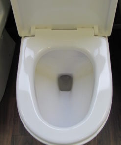 Round elongated toilet seat