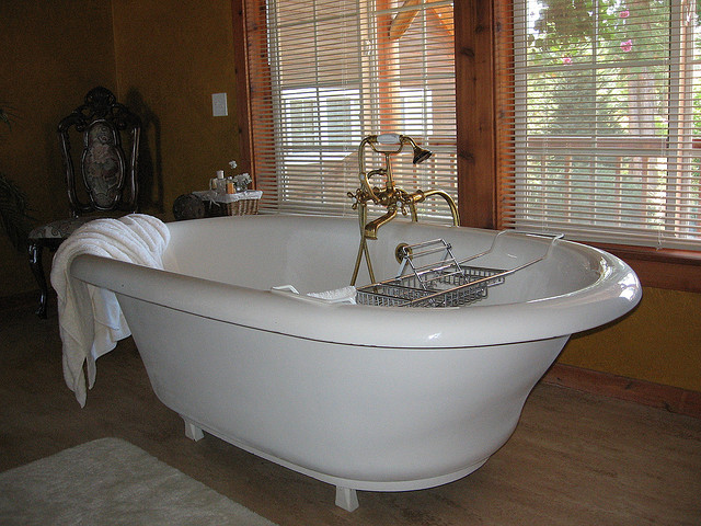 the different types of bathtubs | perfect bath canada