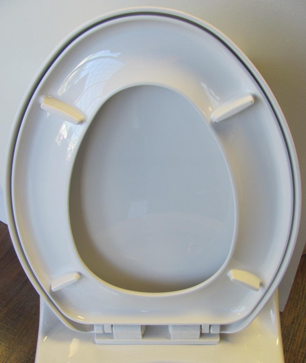 slow close seat for TB133 Toilet