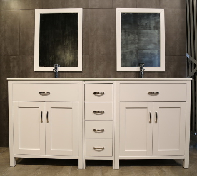 large white vanity LA72Dc